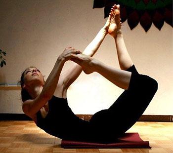 yoga and the practice of generosity  lexiyoga